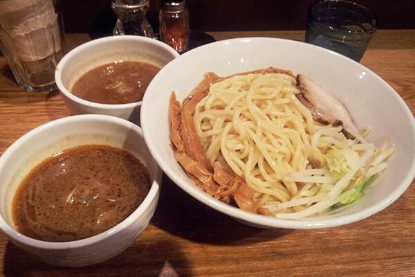 神保町 可以(二色つけ麺)