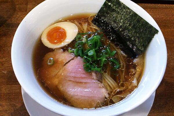 麺や維新(醤油らぁ麺)