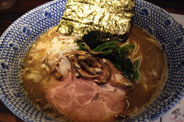 東京煮干屋本舗(煮干らーめん)